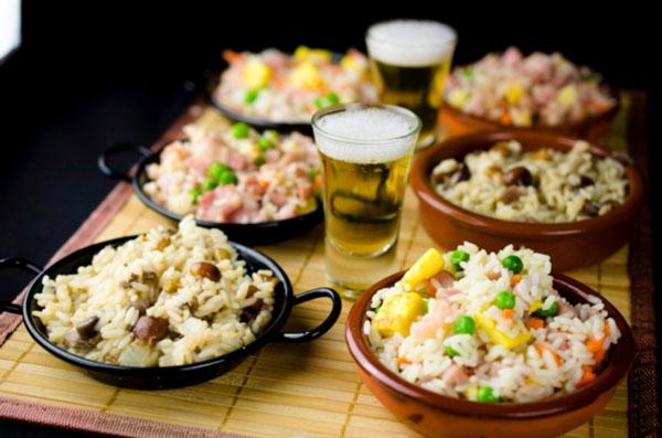 Risotto de setas, arroz tres delicias, york y bacón con arroz