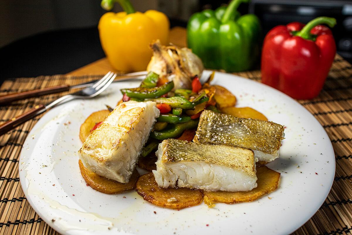 bacalao con verduras y patatas