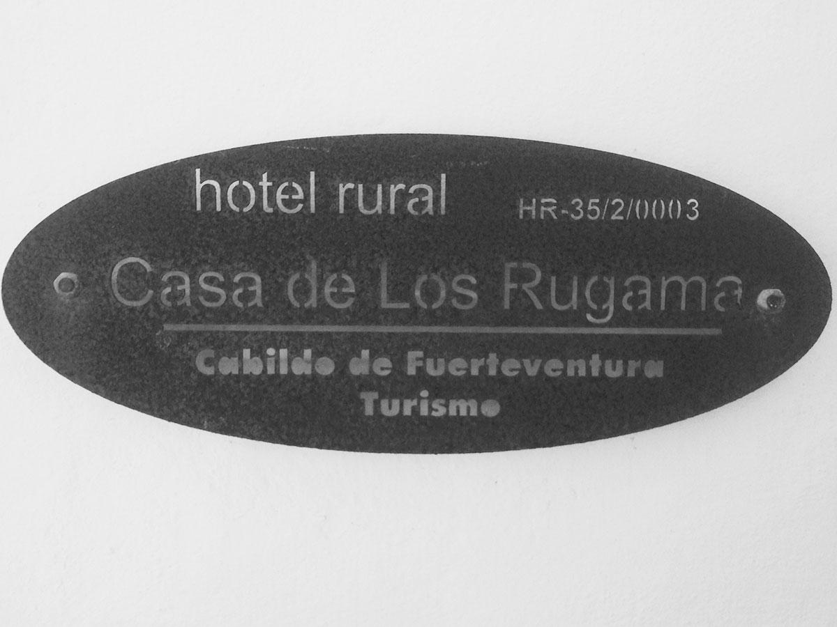 cartel hotel rural Casa de Los Rugama