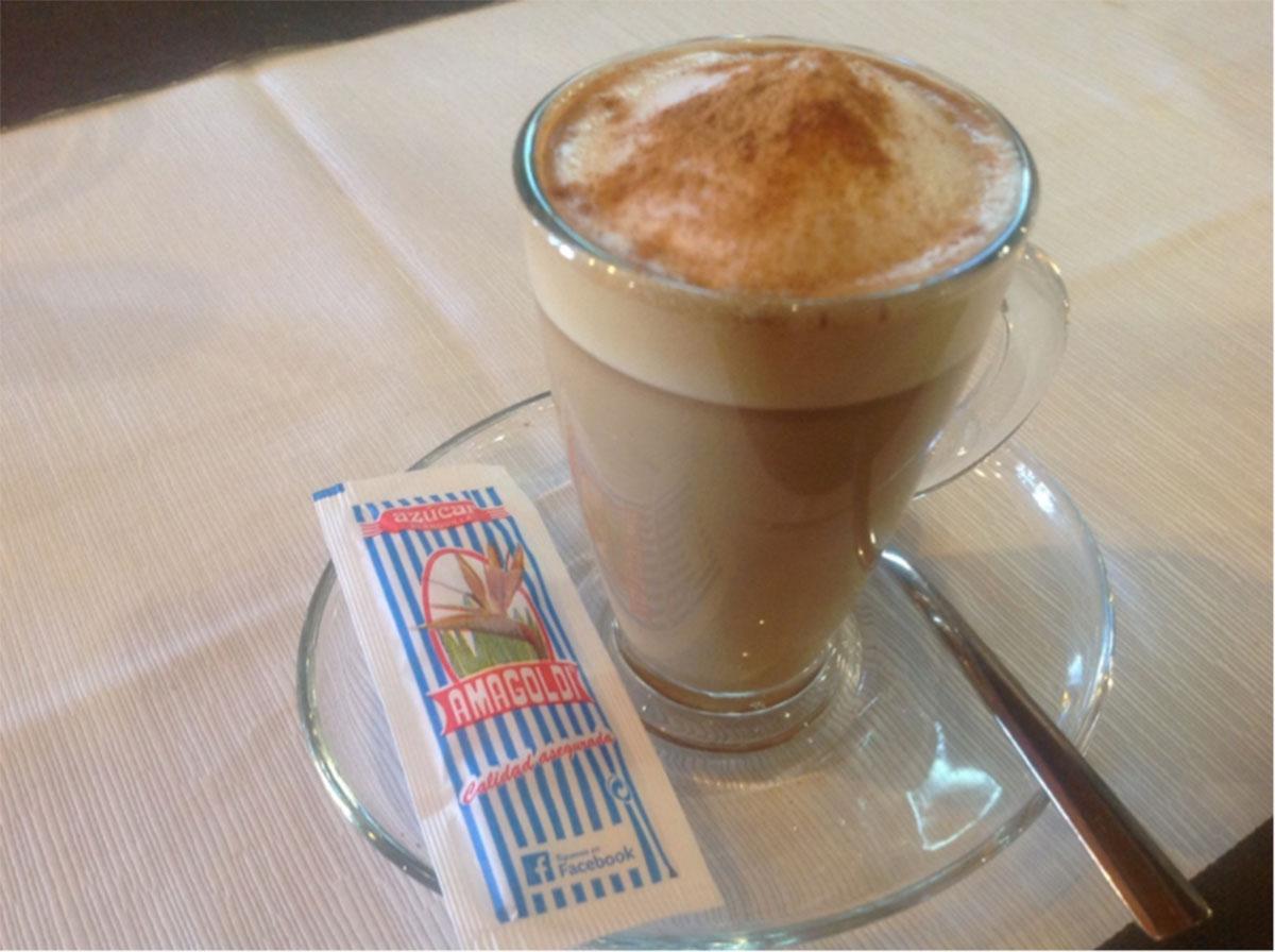 vaso con café